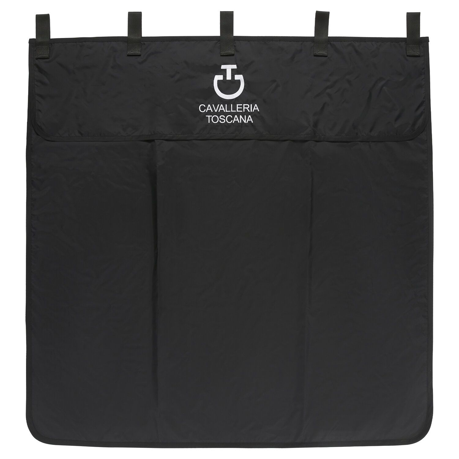 Water resistant stable curtain